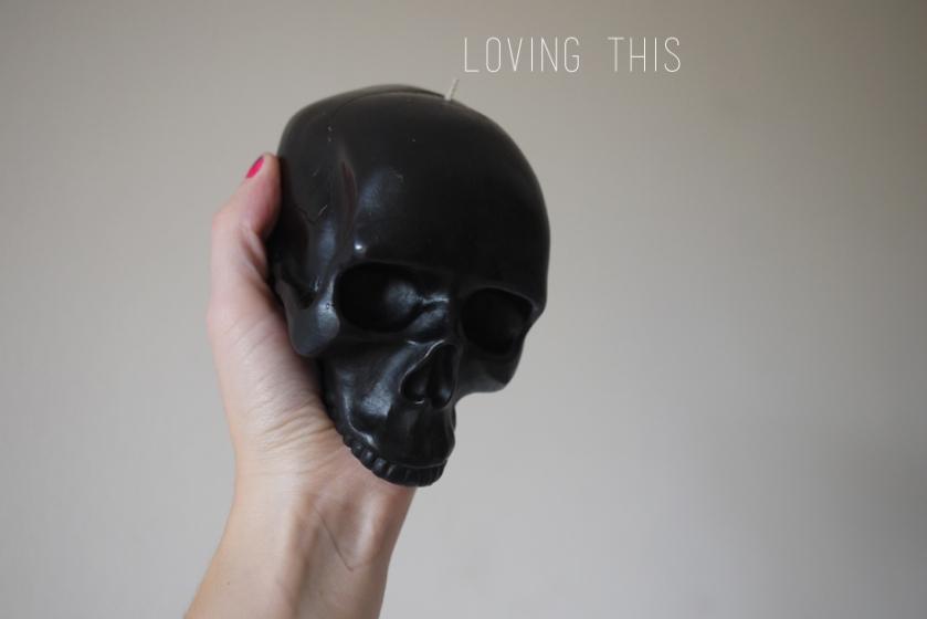 skull_candle_black