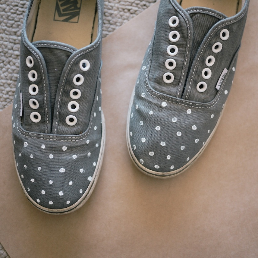 diy polka dot pumps | south by north