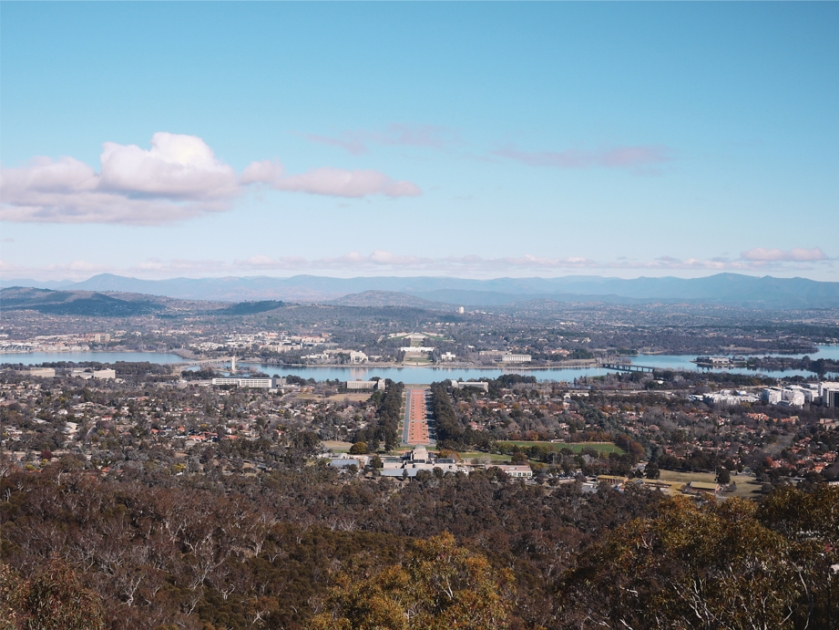 canberra-mount-ainslie-view-sky
