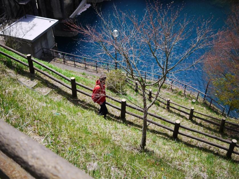 japan-shima-onsen-river